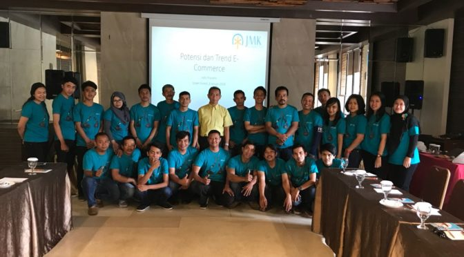 Pembicara Digital marketing Perusahaan PT JMK Distribution
